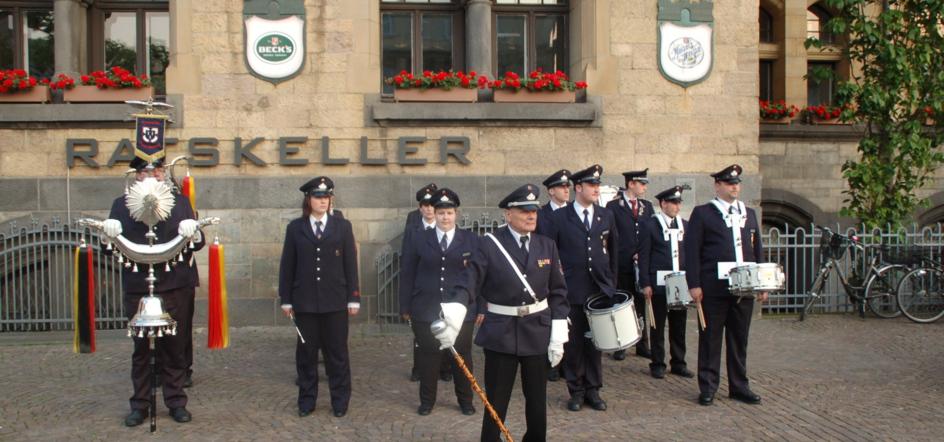 Zapfenstreich Feuerwehr Recklighausen